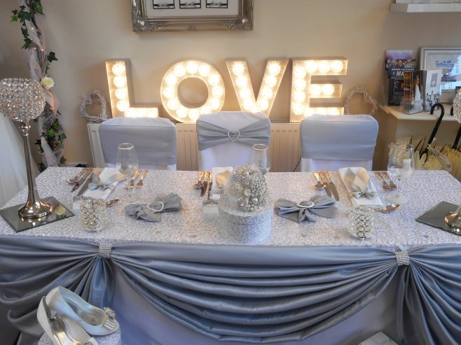 Free standing light up LOVE letters